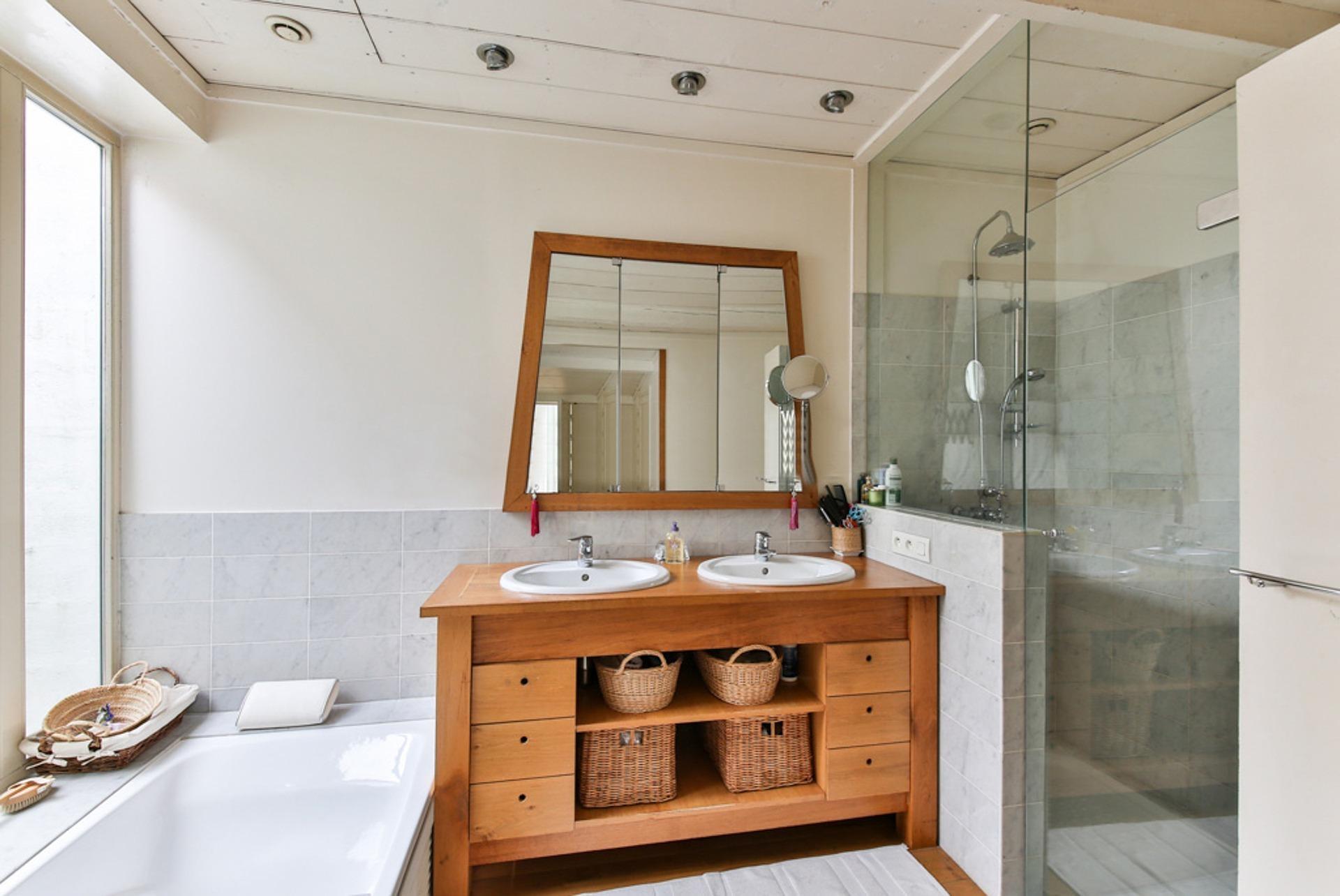 Kylpyhuoneen haju pois